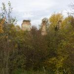 Laszki Murowane (ukr. Муроване). Ruiny zamku Mniszchów.