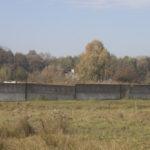 Rata (ukr.Рата). Na miejscu dawnego założenia znajduje się zdziczały, ogrodzony teren dawnego kołchozu.